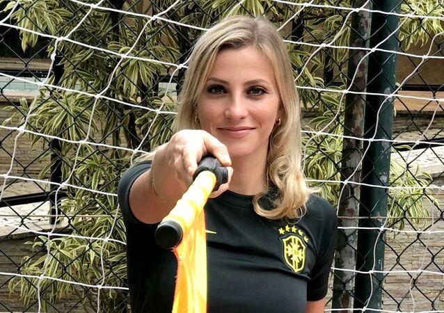 A árbitra, jornalista e escritora Fernanda Colombo.