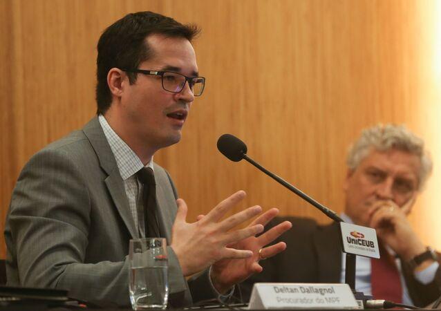 Procurador Deltan Dallagnol em palestra no UniCeub sobre Democracia, Corrupção e Justiça: Diálogos para um País Melhor
