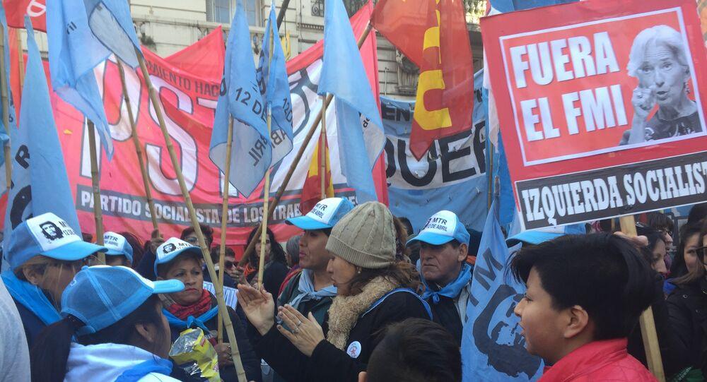Manifestação contra o FMI e o ajuste na Argentina