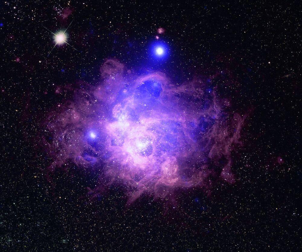Estrelas em formação na nebulosa NGC 604, na constelação do Triângulo