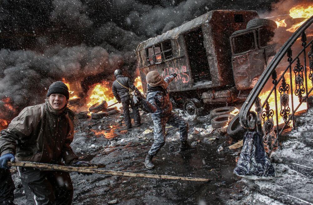 Participantes de ação em apoio à integração europeia, em Kiev