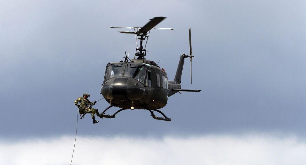 Demonstração das Forças Especiais do Exército da Colômbia na base militar de Tolemaida