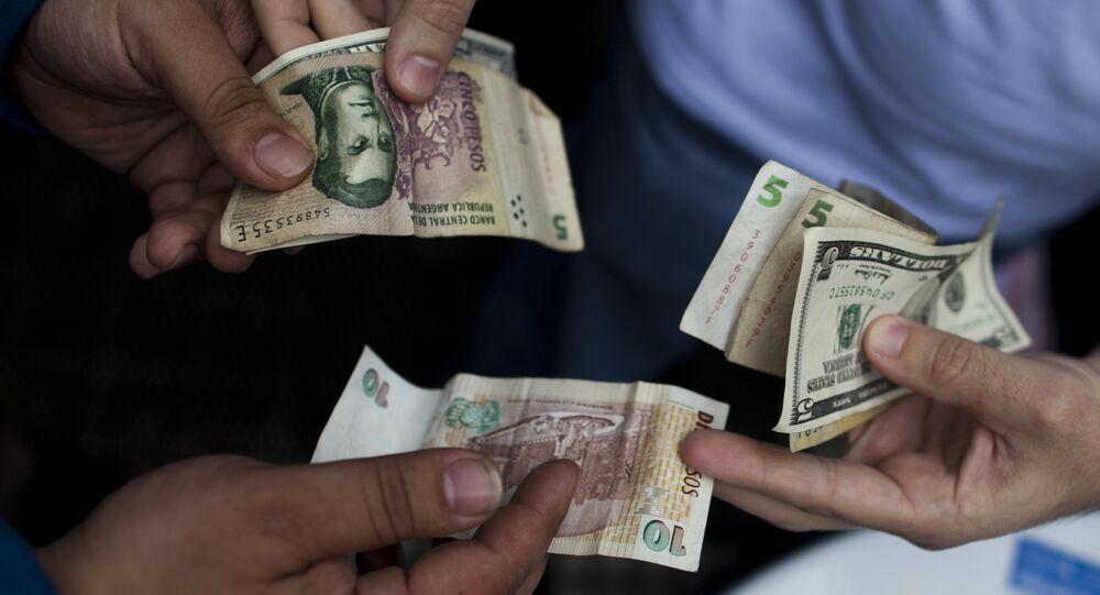 Peso argentino e dólar norte-americano