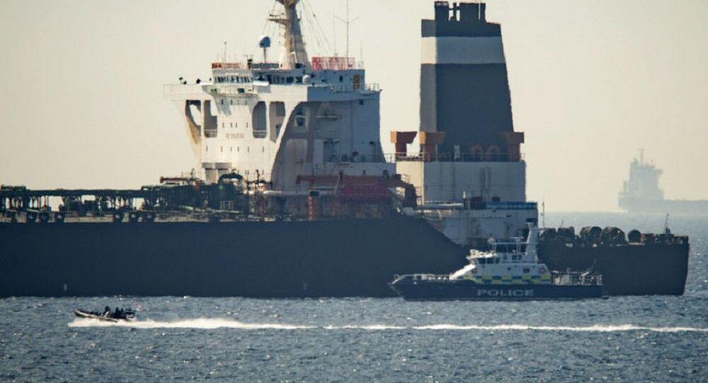 Maduro agradece ao presidente do Irã envio de petroleiros: 'Não vamos nos ajoelhar'