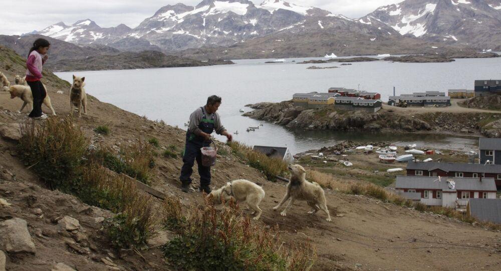 Habitantes da Groenlândia, na costa da ilha