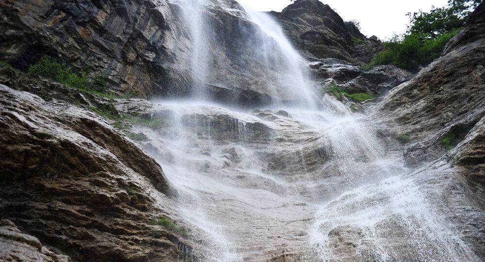 Cachoeira (imagem ilustrativa)