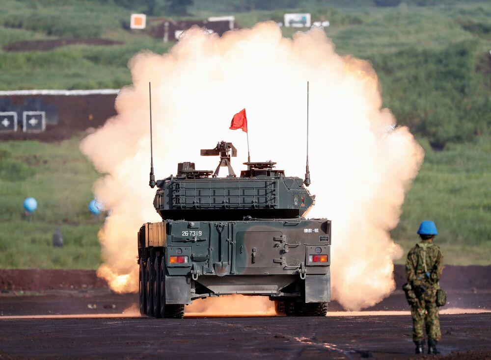 O destruidor de tanques Type 16 da Força Terrestre de Autodefesa do Japão