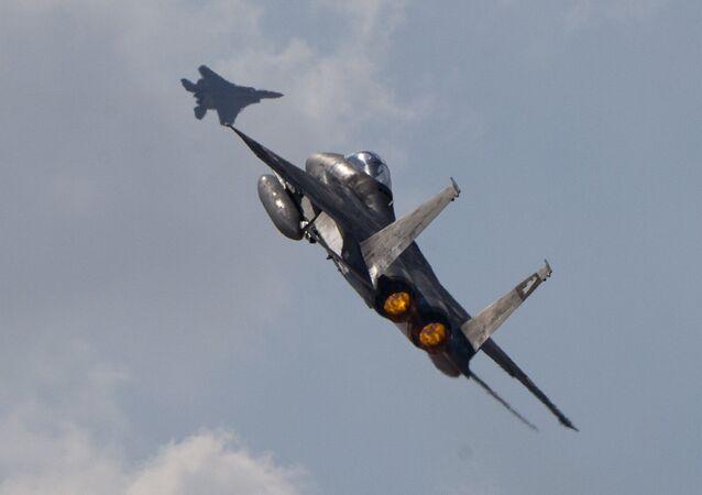 Dois caças israelenses F-15
