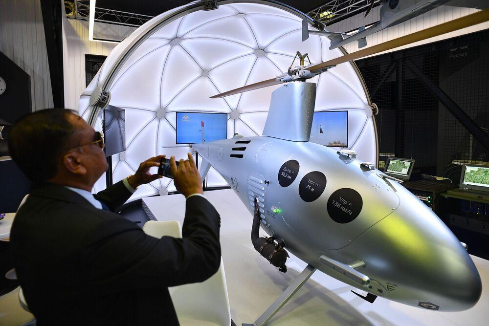 Helicóptero russo não tripulado K2 sendo apresentado no Salão Aeroespacial Internacional MAKS-2019