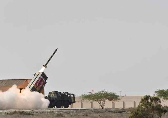Paquistão lança com sucesso míssil balístico de curto alcance Nasr (imagem de arquivo)