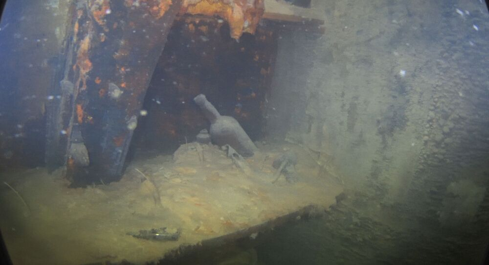 Foto interna do navio britânico HMS Terror