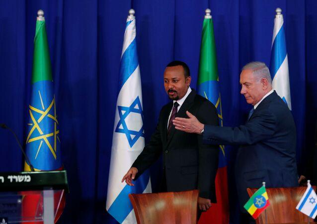 O primeiro-ministro israelense, Benjamin Netanyahu, e seu homólogo etíope, Abiy Ahmed, em Jerusalém.