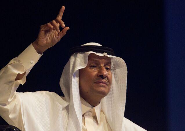 O ministro da Energia da Arábia Saudita, príncipe Abdulaziz bin Salman, durante entrevista no Congresso Mundial de Energia, em Abu Dhabi, em 9 de setembro de 2019.