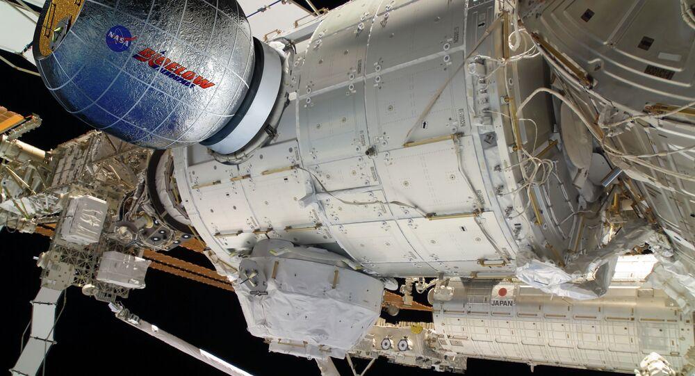 O módulo inflável BEAM acoplado à Estação Espacial Internacional ( foto de arquivo)