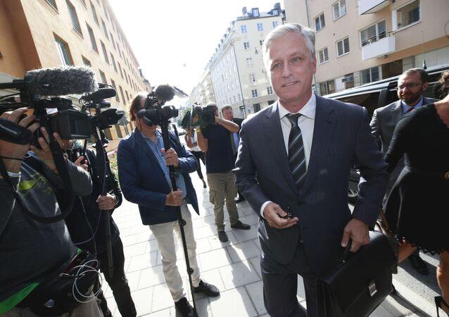 Robert C O'Brien, Embaixador Enviado Especial dos EUA, chega ao tribunal distrital para o julgamento do rapper ASAP Rocky, em Estocolmo, no dia 1 de agosto de 2019.
