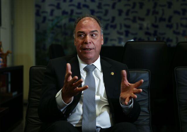 O líder do governo no Senado, Fernando Bezerra Coelho (MDB-PE) durante entrevista em seu gabinete em Brasília em 28 de março de 2019