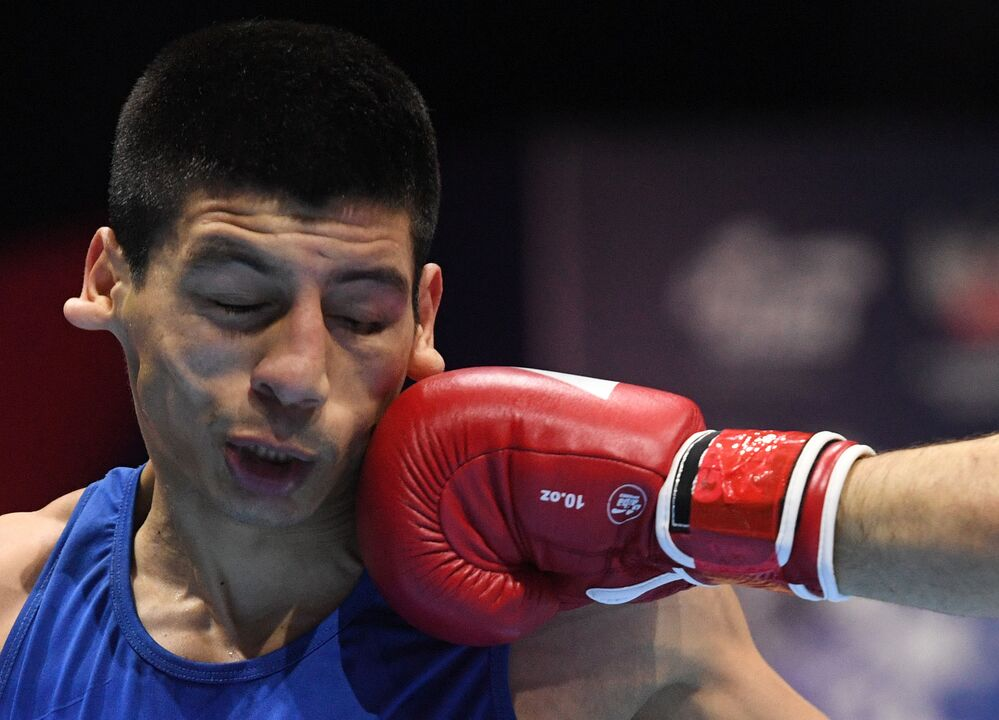 Boxeadores se enfrentam na fase final do 20º Campeonato Mundial de Boxe em Yekaterinburg, na Rússia