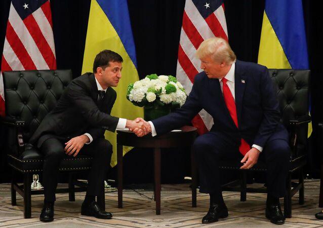 Presidente ucraniano Vladimir Zelensky se encontrou com Donald Trump em Nova York