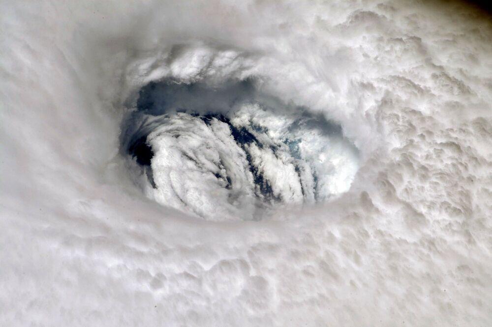 Furacão Dorian visto a partir da Estação Espacial Internacional