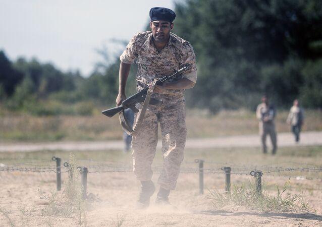 Soldado iraniano em competição militar