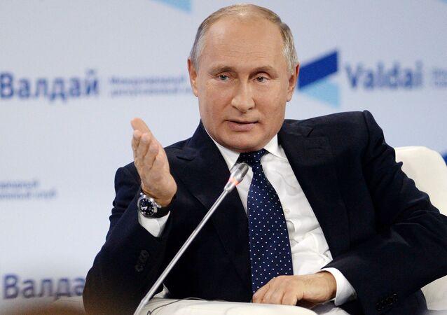 O presidente russo, Vladimir Putin, participa do Clube de Discussões Valdai, na cidade russa de Sochi