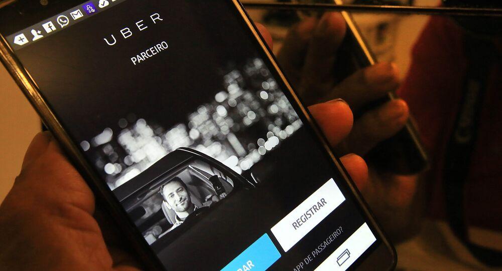 Na última terça-feira (30/06), a Câmara Municipal de São Paulo aprovou o Projeto de Lei de autoria do vereador Adílson Amadeu (PTB) que proíbe o uso de carros particulares cadastrados em aplicativos para o transporte remunerado de pessoas
