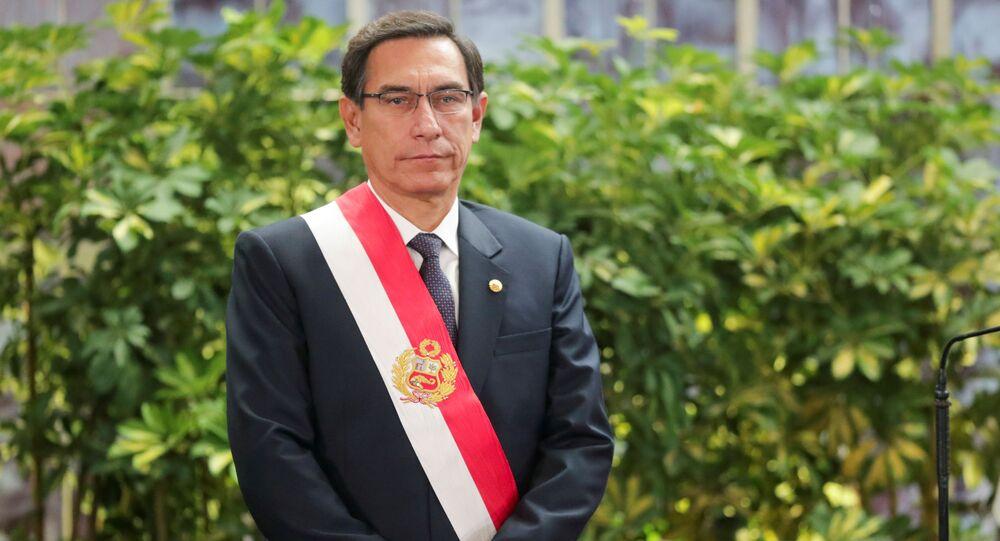O presidente do Peru, Martín Vizcarra, durante a cerimônia de posse no palácio do governo em Lima, em 3 de outubro de 2019.