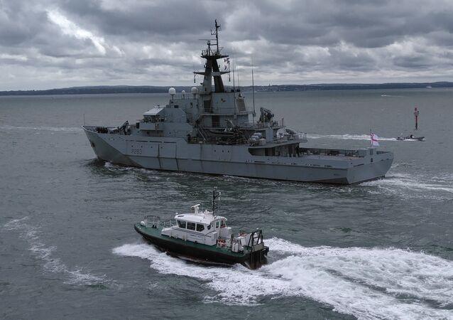 Navio HMS Mersey da Marinha Real britânica (foto de arquivo)