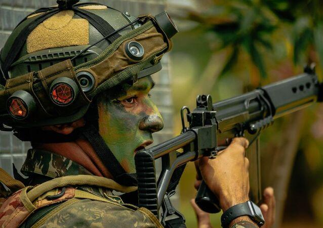 A operação foi coordenada pelo Comando de Operações Terrestres.