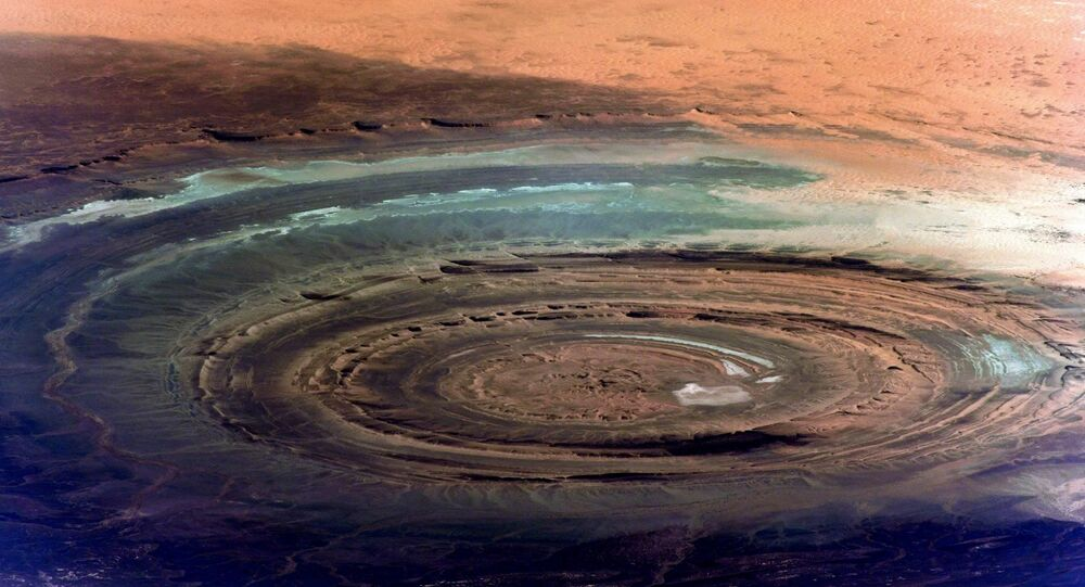 Foto da estrutura de Rishat, ou Olho do Saara, tirada da Estação Espacial Internacional (EEI)