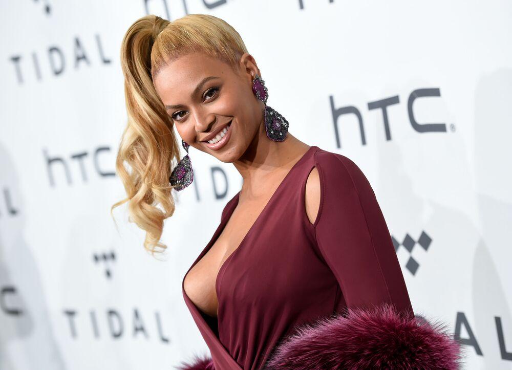 Cantora americana Beyoncé durante o evento musical TIDAL X em Nova York em 20 de outubro de 2015