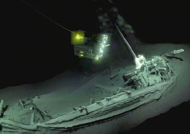 Cemitério de navios descoberto no Mar Negro