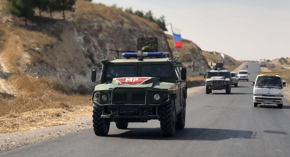 Veículos blindados da Polícia Militar da Rússia na Síria