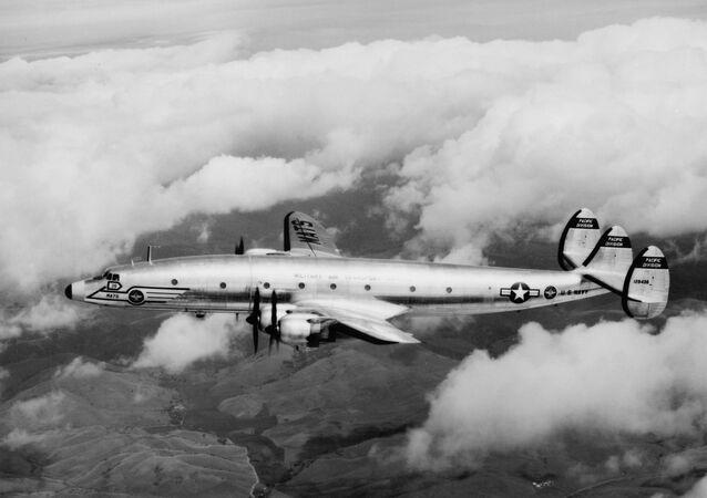 Avião Lockheed R7V-1 da Marinha dos EUA