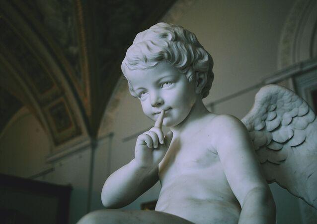 Estátua de menino