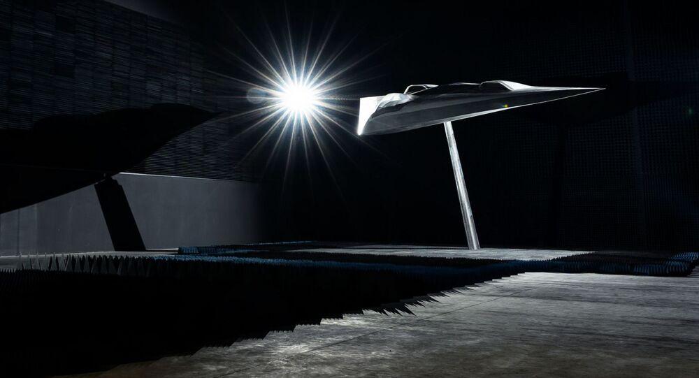 Projeto de drone de combate furtivo LOUT da Airbus