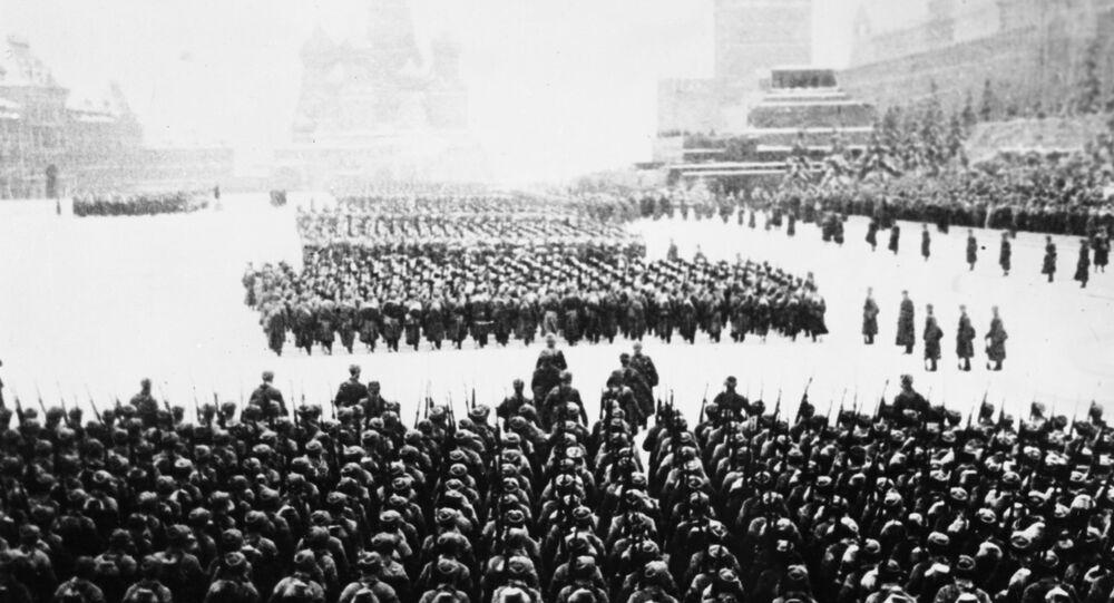 Desfile militar de 7 de novembro de 1941na Praça Vermelha