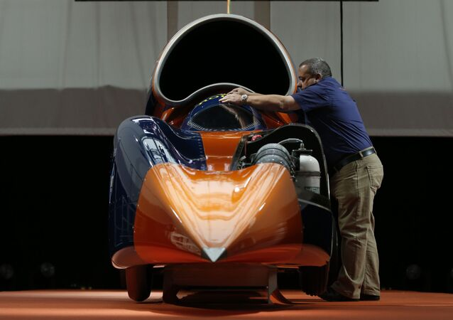 Carro-foguete britânico Bloodhound SSC (imagem referencial)
