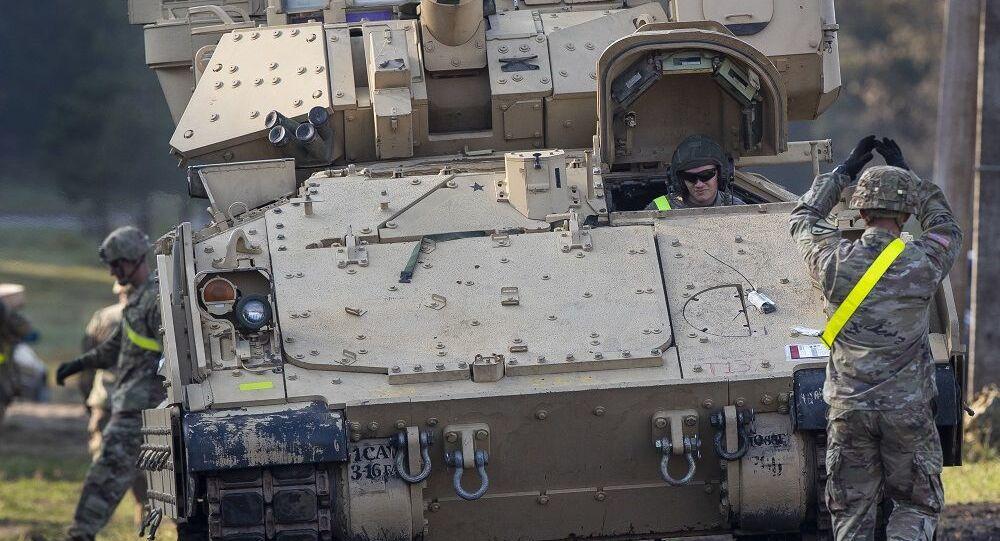 Veículo blindado Bradley do Exército dos EUA do Fort Hood no Texas (foto de arquivo)