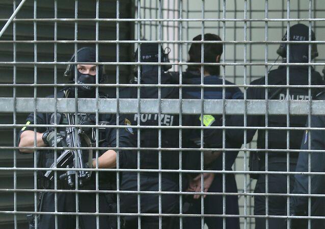 Policiais alemães detiveram suspeitos de um ataque terrorista em Frankfurt