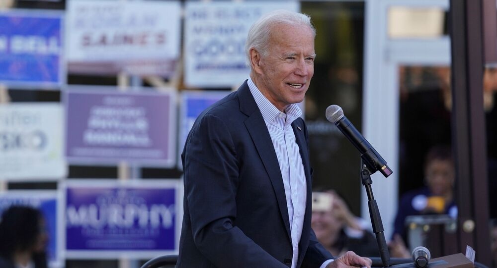 Ex-vice-presidente dos EUA Joe Biden em comício de sua campanha nas primárias democratas