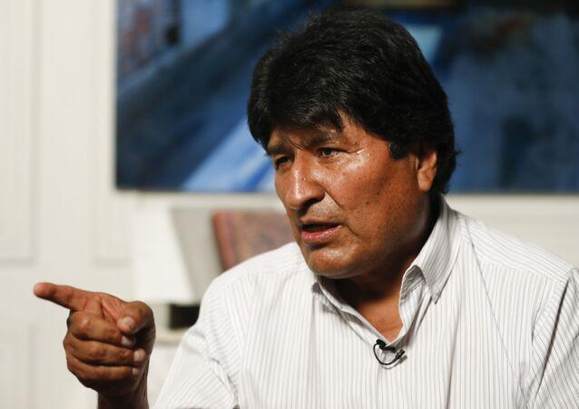 Mandatário deposto da Bolívia, Evo Morales, concede entrevista na Cidade do México, na noite do dia 14 de novembro de 2019 (foto de arquivo)