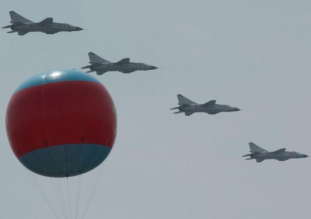 Caças MiG 23 em Pyongyang (aquivo)