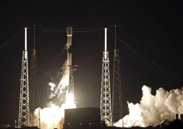 Lançamento de satélite da SpaceX (foto de arquivo)