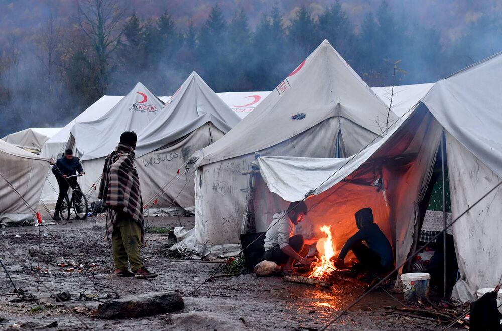 Imigrantes ilegais na Bósnia