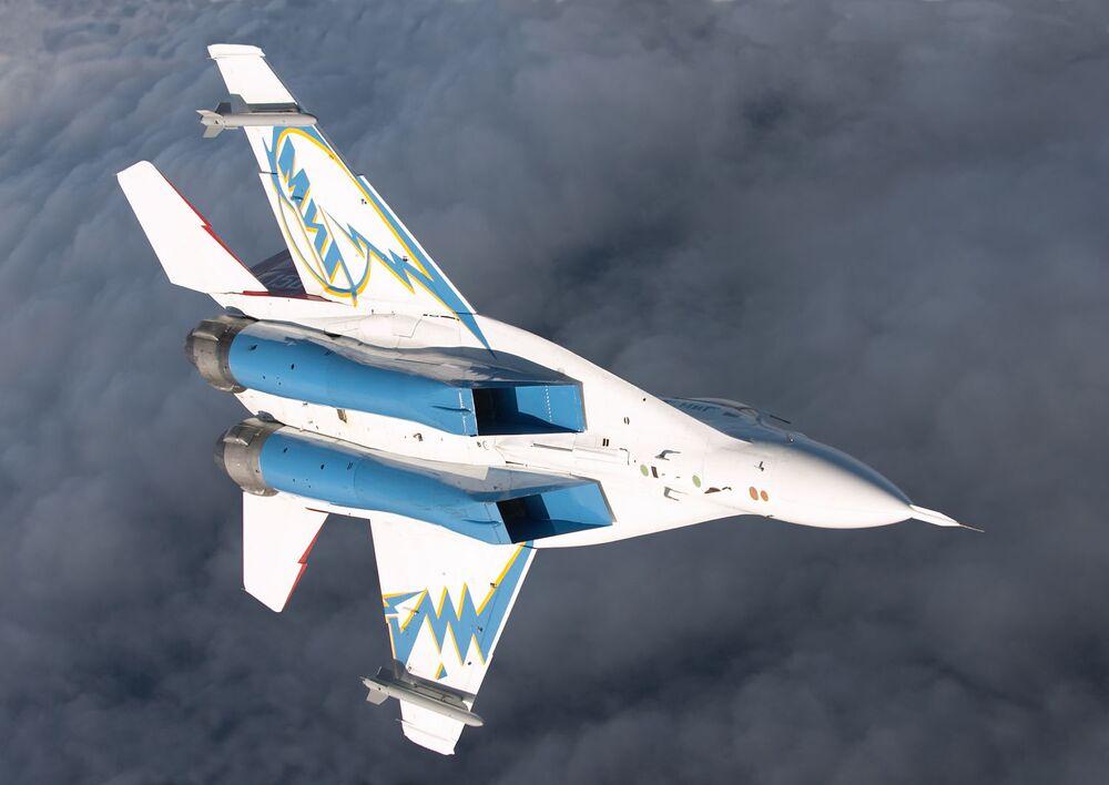 Caça-bombardeiro russo MiG-29OVT