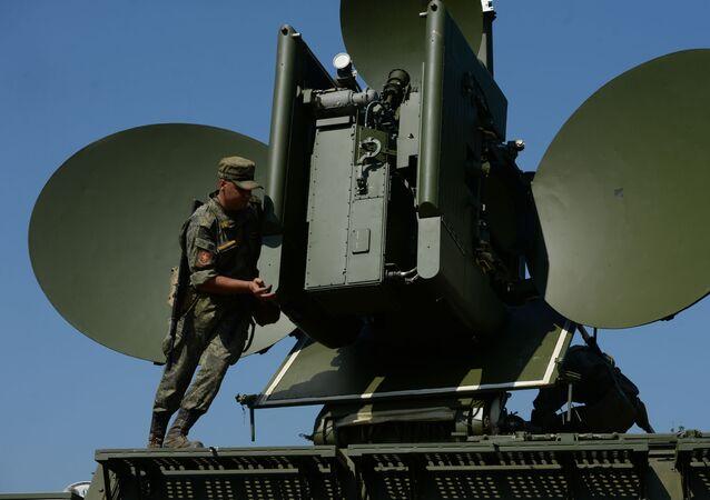 Unidades de guerra eletrônica do Distrito Militar Central da Rússia no campo de treinamento na região de Sverdlovsk, Rússia