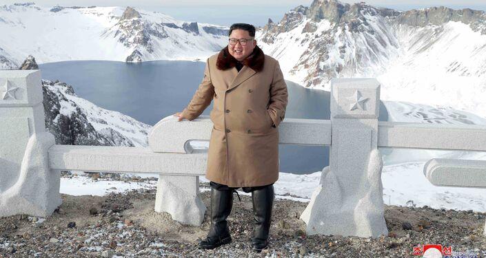 Líder norte-coreano Kim Jong-un na região do monte Paektu, Ryanggang, Coreia do Norte