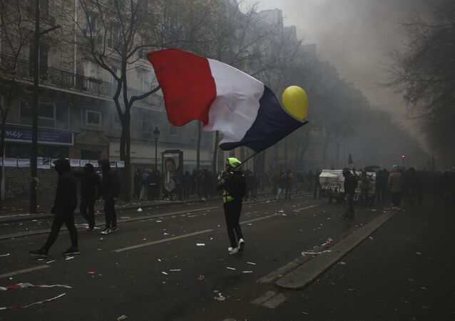 Protesto contra a reforma da previdência em Paris, França, no dia 5 de dezembro de 2019.