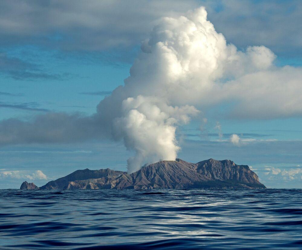 Vulcão da Ilha Branca, na Nova Zelândia, em julho de 2019.
